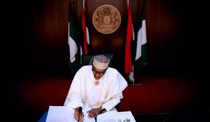 FW: Buhari bans Nigerians facing corruption charges from travelling