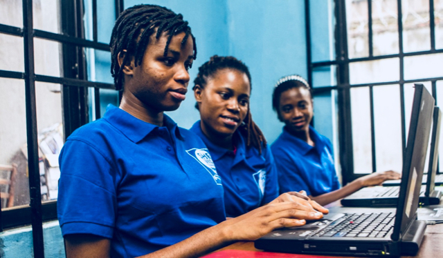 The struggles of Nigeria's internet industry